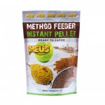 Method Feeder Instant Pellet Ananász 700 g